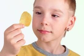 Чем вредны чипсы для организма