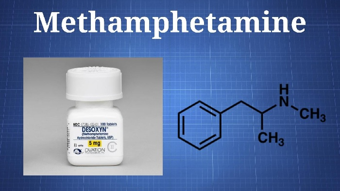 Метамфетамин из группы амфетаминовых