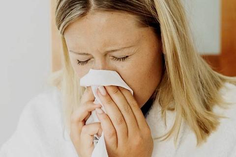 Чем лечить насморк у ребёнка 7 месяцев