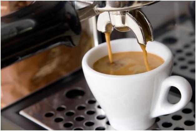 Отравиться кофе